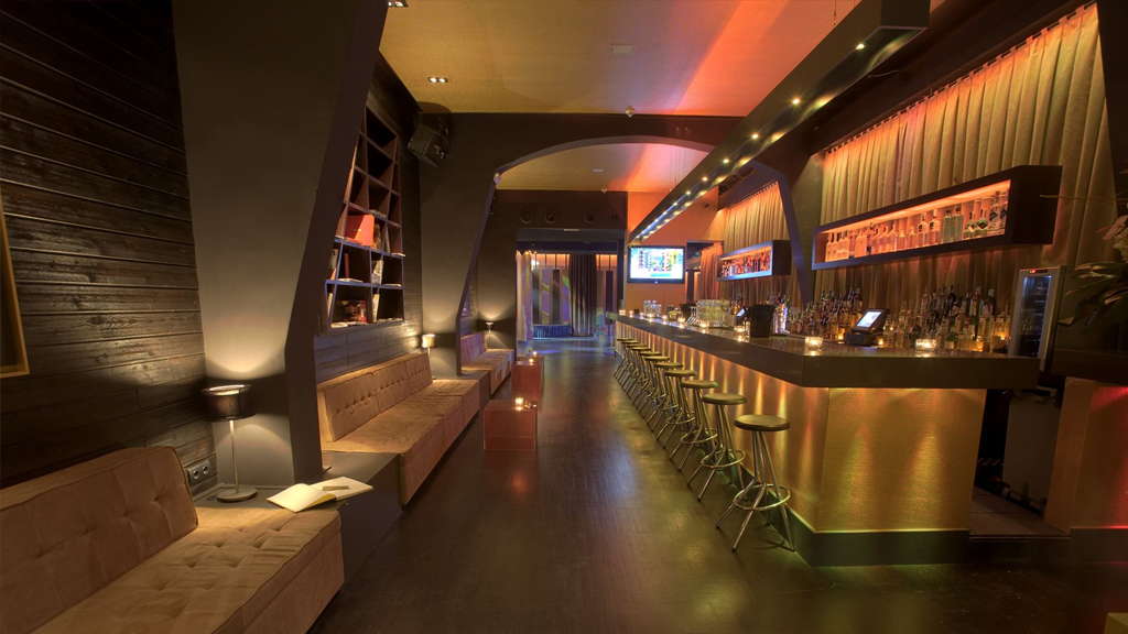 best clubs to hook up in nyc Guide to the best singles bars in new york from nyccom, the trusted new york city experts detailed information, maps, directions and reviews.